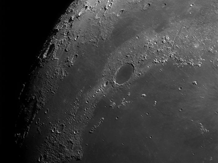 Луна: Юра, Альпы, Платон, море Холода и Дождей