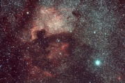 Эмиссионная туманность NGC 7000 в Лебеде